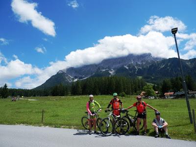 el-monte-Zugspitze-transalpes-en-btt-alemania-austria