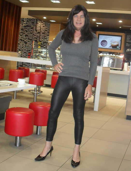 Transvestite clothing shops