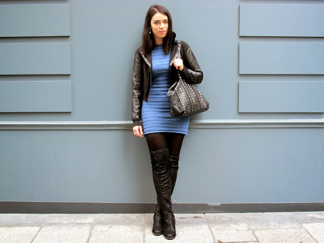Emma Louise Layla fashion blogger in Paris wearing blue Pull and Bear dress and black over the knee boots