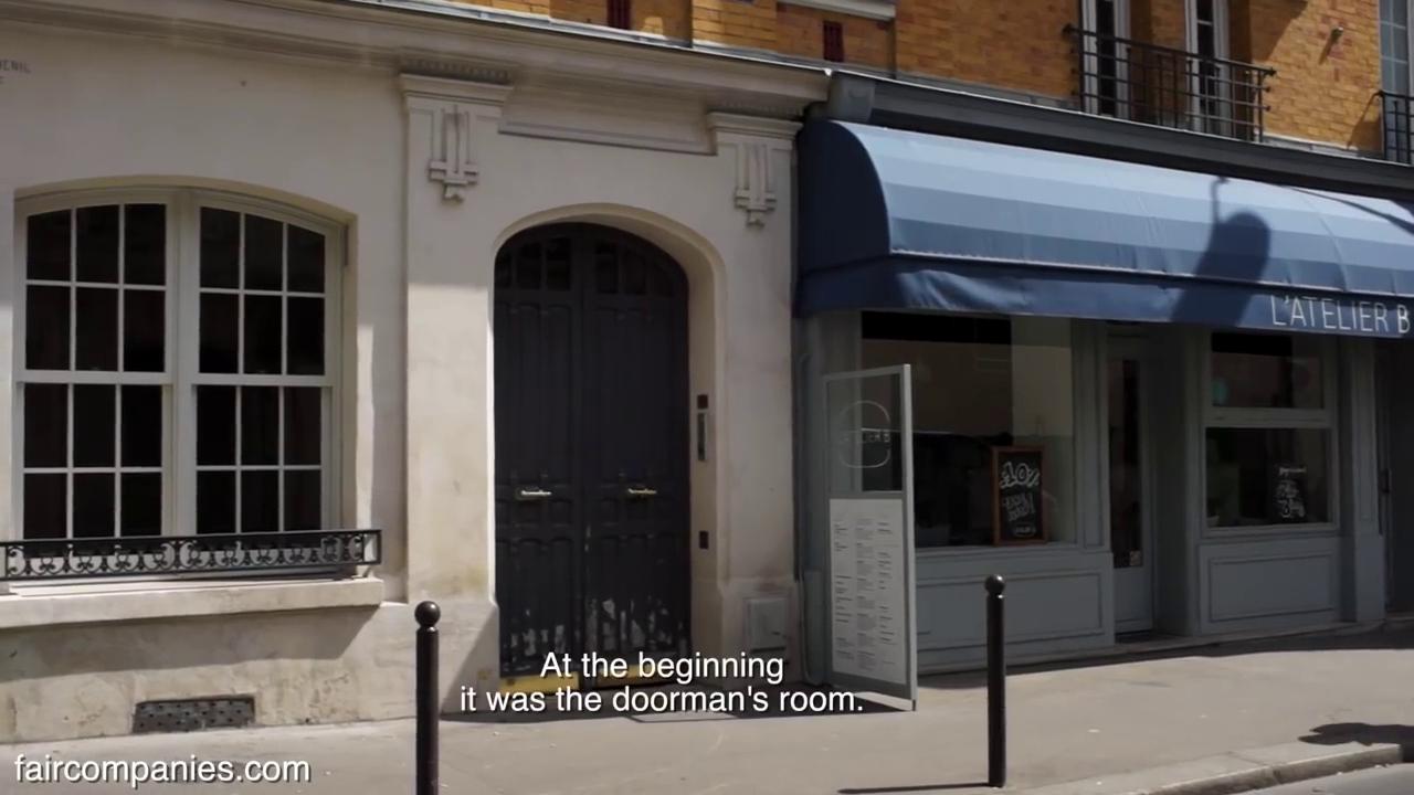 02-Jérôme-Vinçon-Architecture-in-Paris-Home-25m-Doorman-s-Room-and-Cellar-www-designstack-co