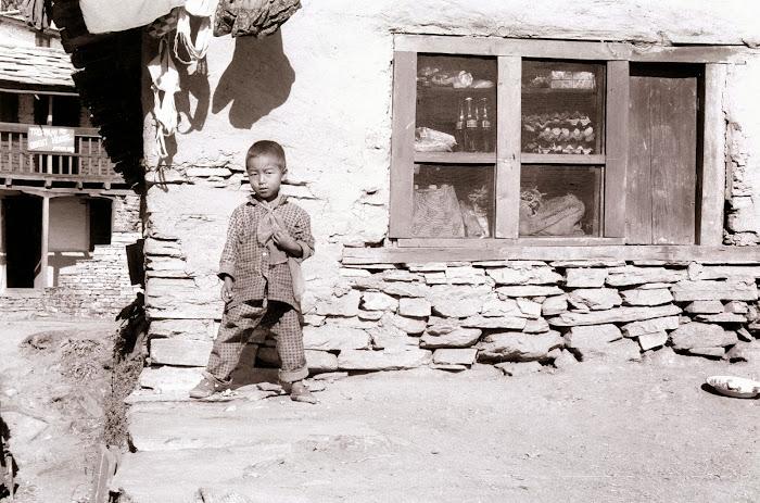 Népal, Pokhara, Annapurna, Tarapani, © L. Gigout, 1990