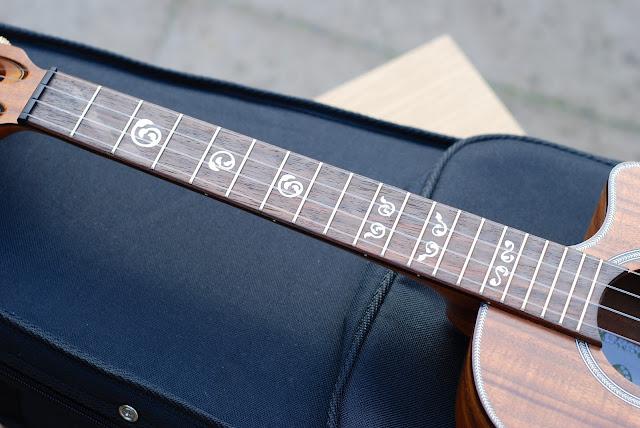 Kala All Solid Acacia Tenor ukulele fingerboard