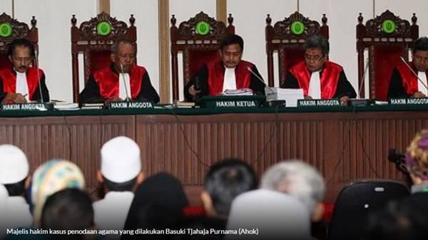 Usai Kasih Vonis 2 Tahun, Tiga Hakim Kasus Ahok Dimutasi ke Daerah