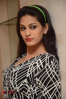 Swetha Jadhav Pictures at Trendz 101 Exhibition Celebrations Curtain Raiser ~ Celebs Next