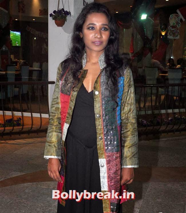 Tannishtha Chatterjee, Reyhna Malhotra at 'Babloo Happy Hai' Audio Launch