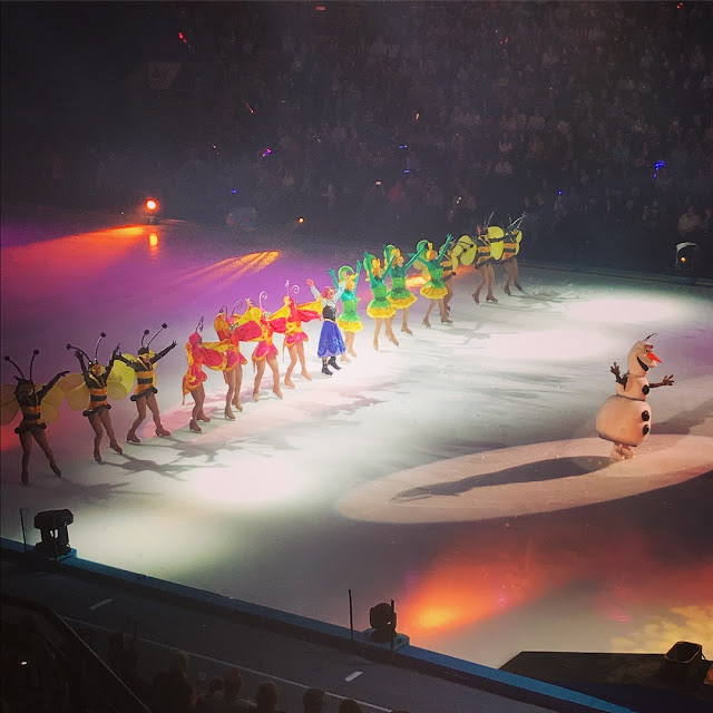 Disney on Ice: Worlds of Enchantment - Frozen
