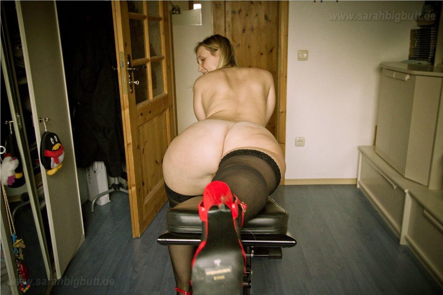 Sarah Big Butt De 42