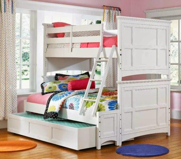 conseils d co et relooking economiser de l 39 espace lits superpos s pour la. Black Bedroom Furniture Sets. Home Design Ideas
