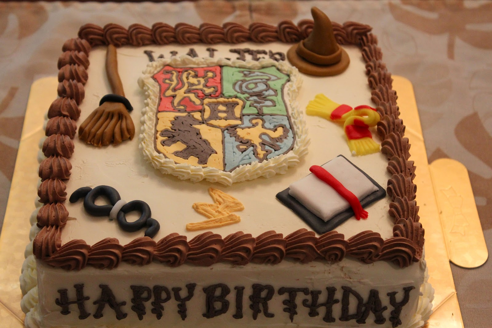 Happy Birthday Potter Cake
