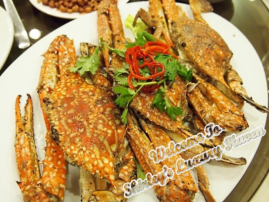 famous kitchen salted baked flower crabs