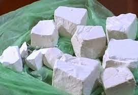 vận chuyển 600 bánh heroin sang Đài Loan