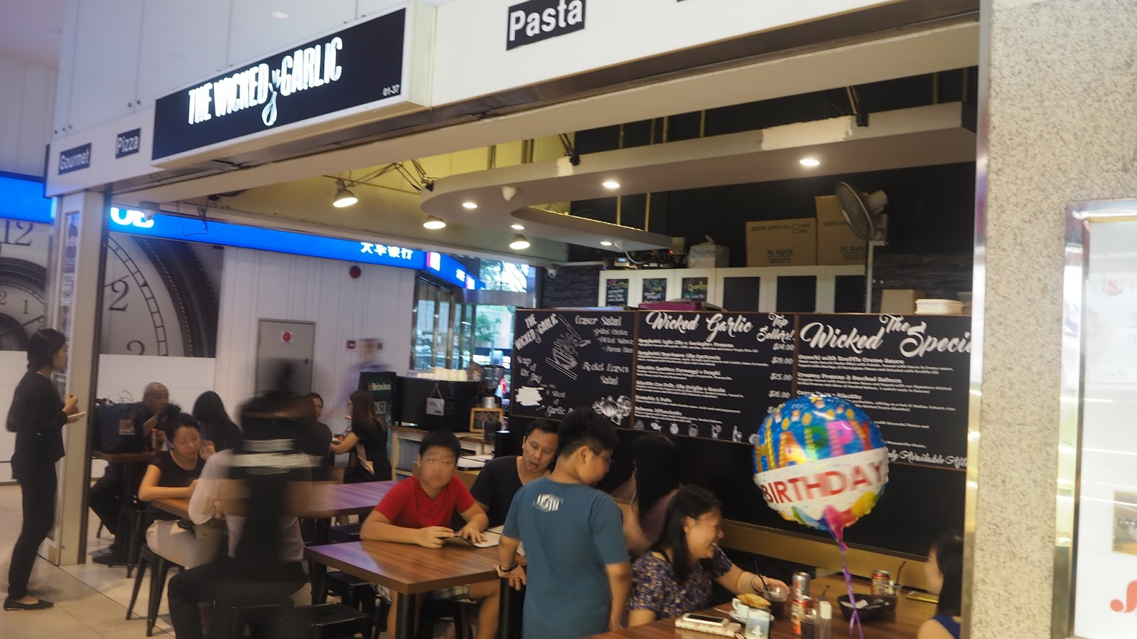 International Pockets Cafe Menu