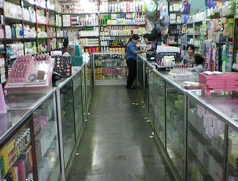Kulakan Kosmetik Murah di Pasar Pagi Asemka