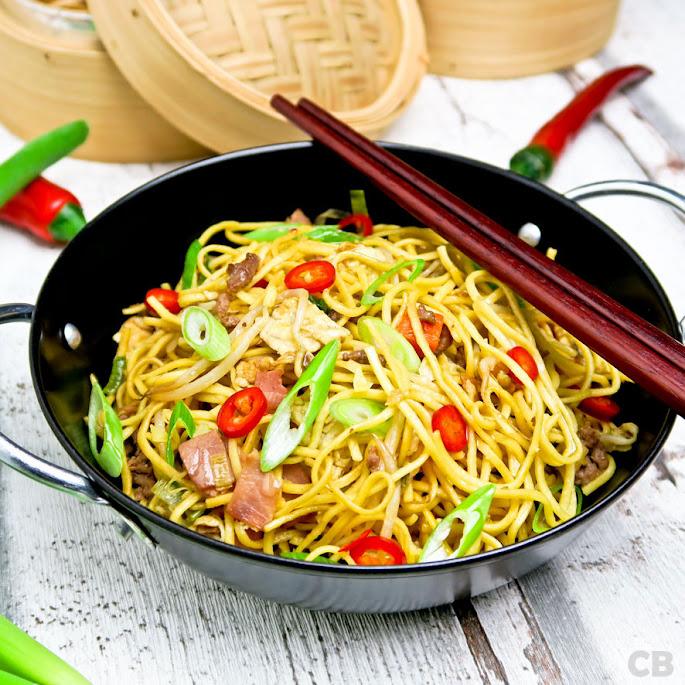 Makkelijke bami met veel verse groenten