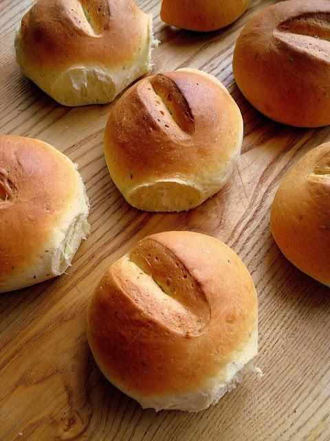 Bułeczki śniadaniowe / Breakfast Rolls