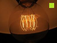 Linien: amzdeal® Vintage Glühlampe Glühbirne T03 (40W, E27, 220-240V)