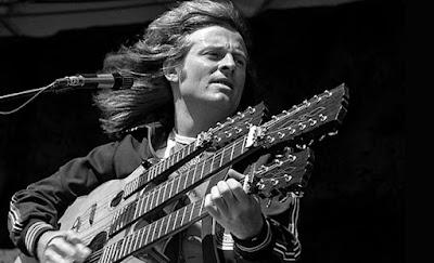 5 gitaris terbaik indonesia