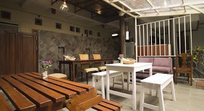 redDoorz setrasari Hotel termurah di Bandung