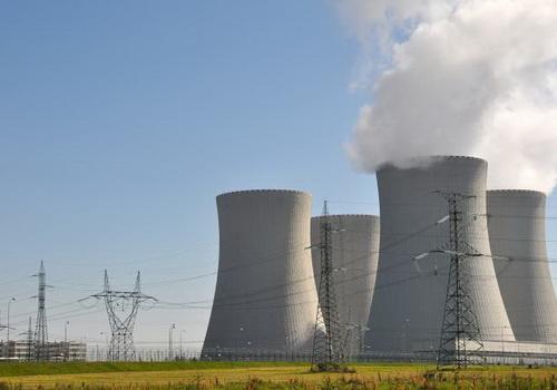 Tinuku India builds ten new heavy water reactors