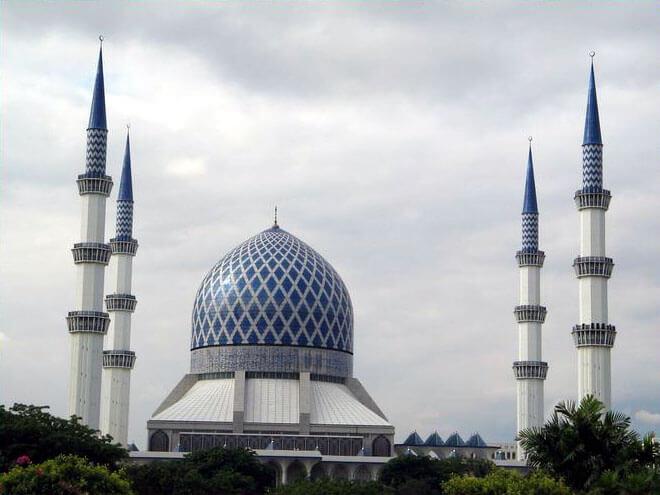 masjid biru shah alam landmark shaklee