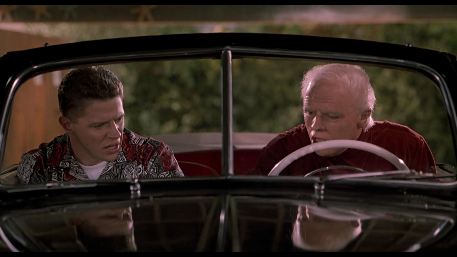 Captura de Volver al Futuro II (1989) 1080p x265 HEVC Latino – Inglés