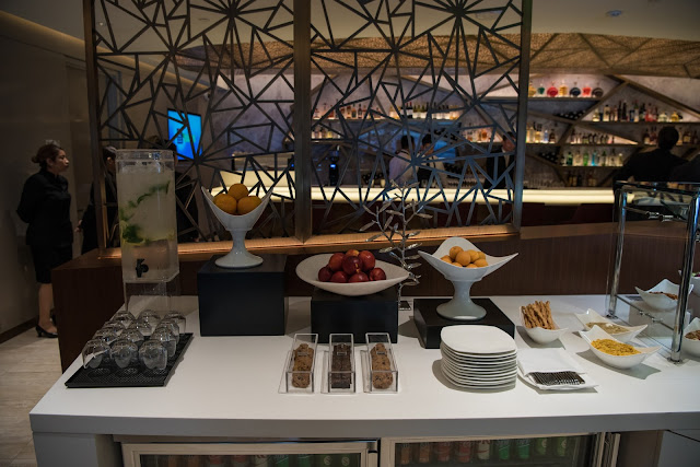 Etihad Airways opens world-class premium lounge at Los Angeles International Airport