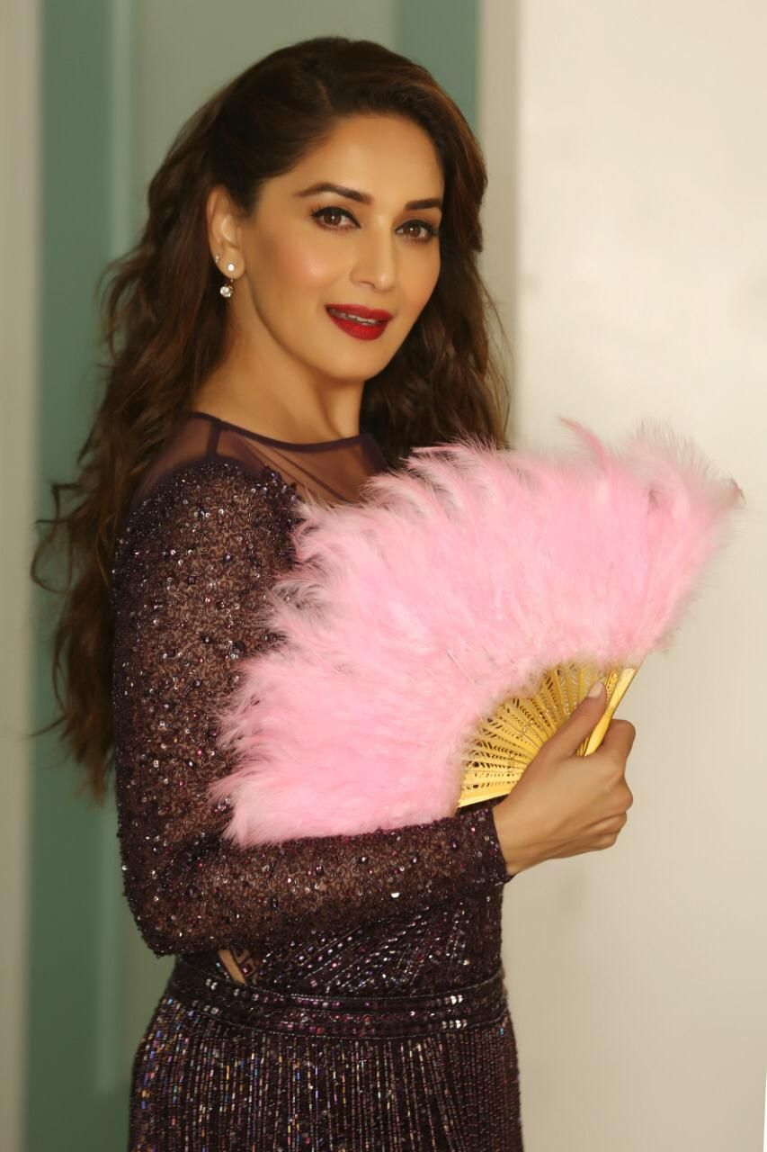 120 Madhuri Dixit Latest Pics, Full Hd Images And Photo -4553