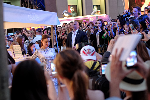 Miranda Kerr being photographed by the crowd, KORA Organics Marquee, Martin Place Sydney VFNO