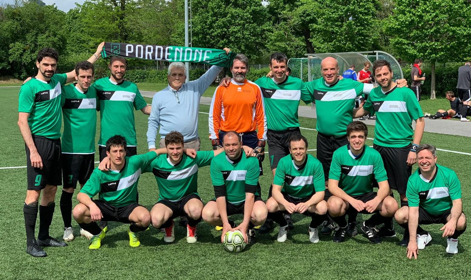 Calendario Pordenone Calcio.Avvocati Pordenone Calcio 1979 Torneo Terzo Tempo Qui