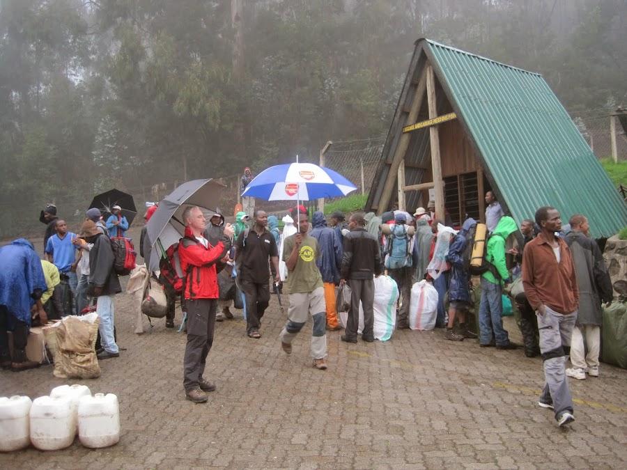 ENLACIMA-Preparación-de-la-salida-trekking-Kilimanjaro-Ruta-Machame