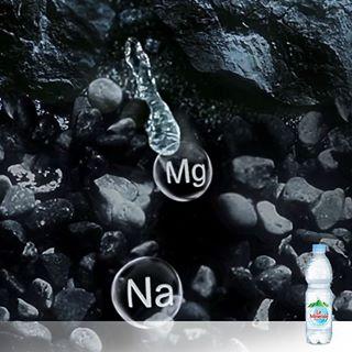 kandungan mineral sumber mata air le minerale