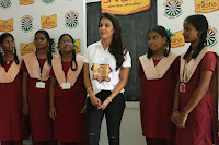 Actress Priya Anand in T Shirt with Students of Shiksha Movement Events 53.jpg