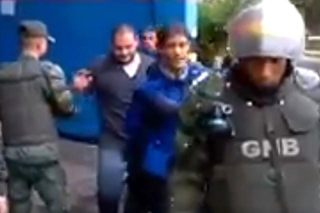 ¡QUÉ HORROR! Detenidos dos paramédicos en San Antonio y un médico del CCCT por atender manifestantes