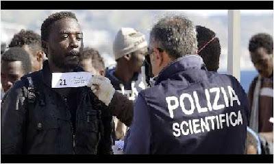 يهم مغاربة أوروبا ايطاليا تصادق على قانون الهجرة الجديد