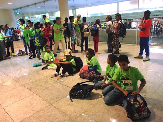 El primer contingente de niños saharauis llega a España en el marco de Vacaciones en Paz