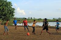 Futsal outdoor di kawasan wisata mangrove