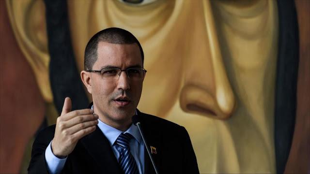 """Venezuela responde a """"ridículas"""" palabras de EEUU sobre comicios"""