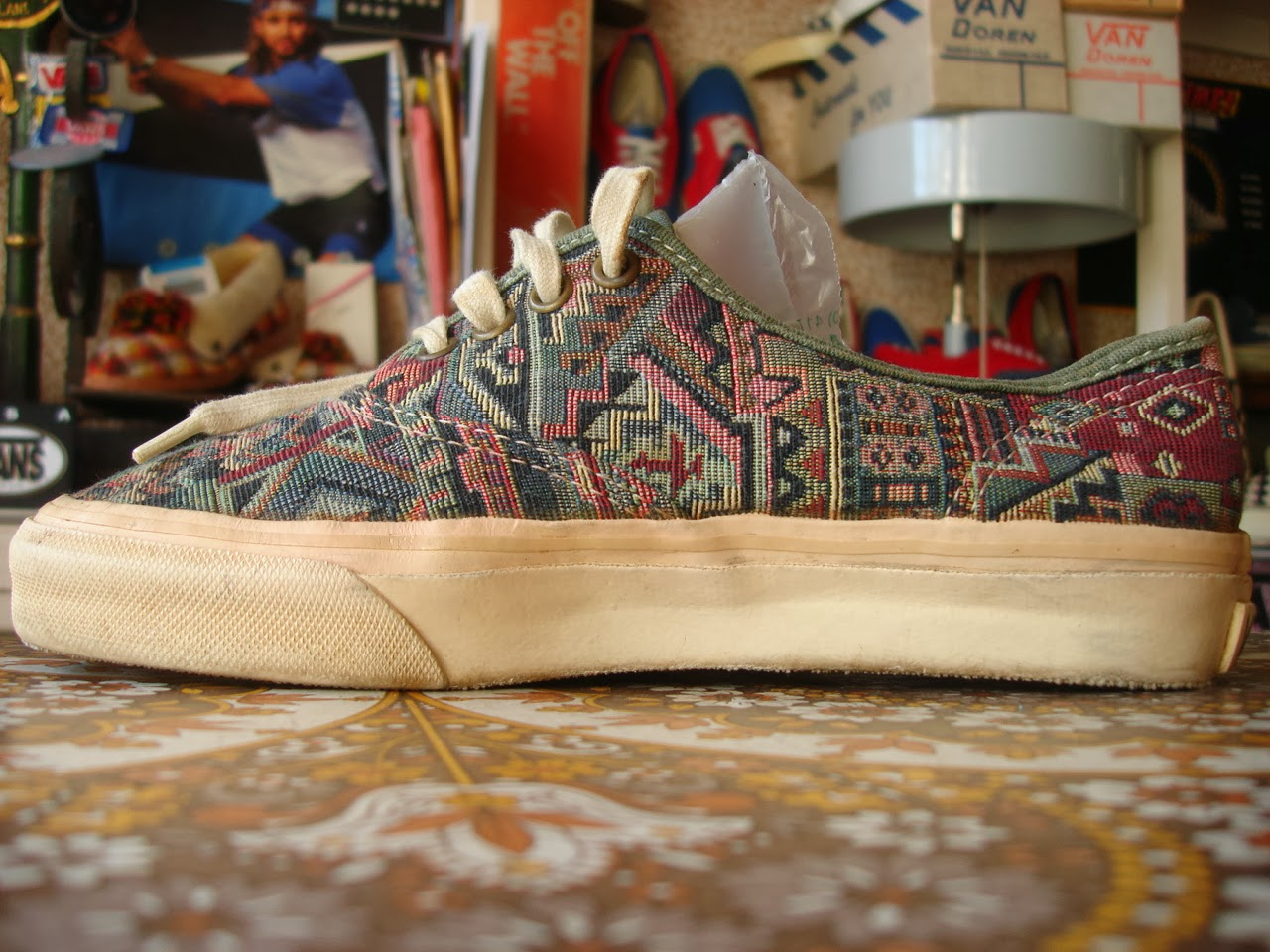 Theothersideofthepillow Vintage Vans Native Tribal Tapestry Authentic Style 44 Made In Usa 90 S Floral Us5 5 Retro Abc Mart Japan Rug Aztec Print