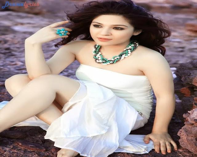 Hindi Love Poem For Her – कशमकश में