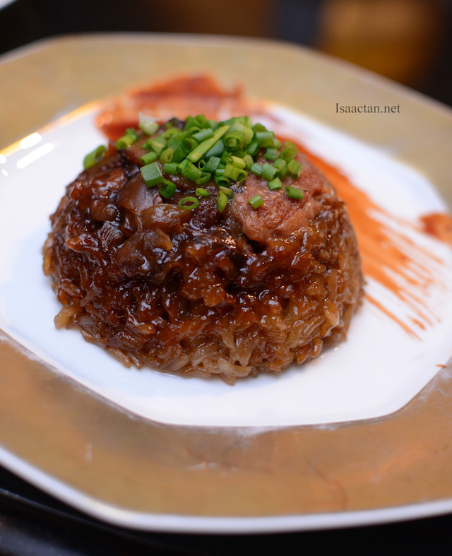 Steamed Glutinous Rice with Lard Meat