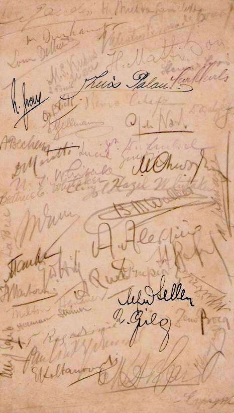 Firmas de jugadores participantes en la Olimpiada de Ajedrez de La Haya 1928