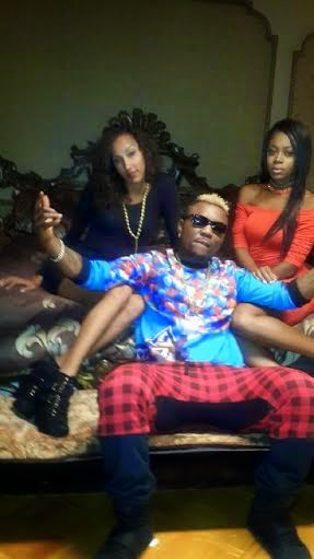 10 What? Oritsefemi shows off penis.