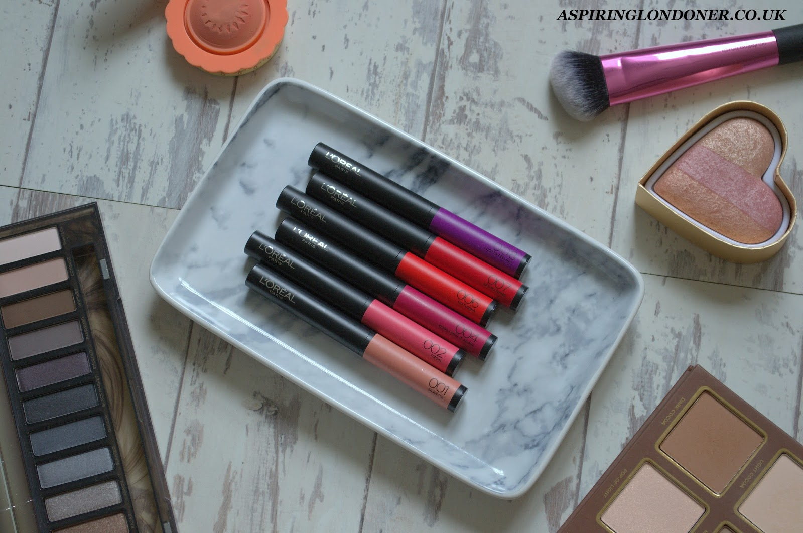 L'Oreal Infallible Matte Max Lip Colour Review+Swatch - Aspiring Londoner