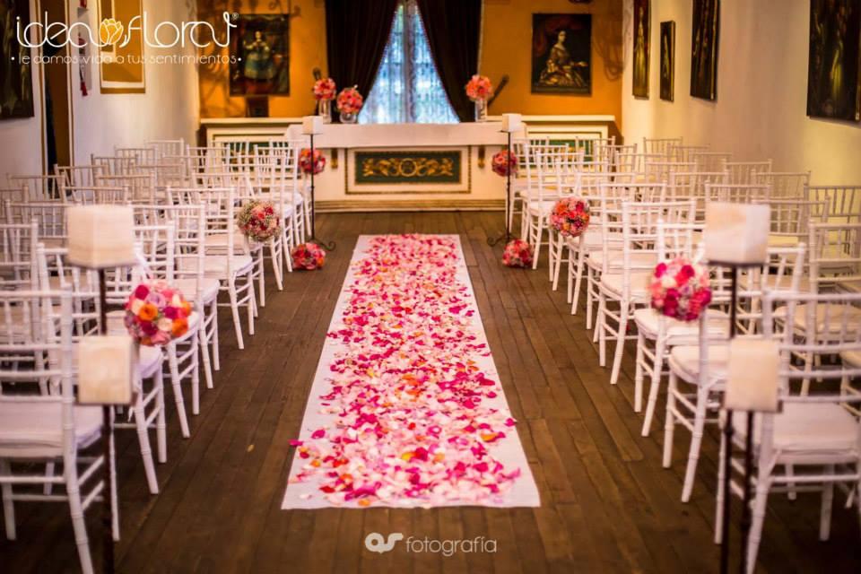 Ideas para decorar el altar de tu boda idea floral - Ideas fiesta inauguracion piso ...