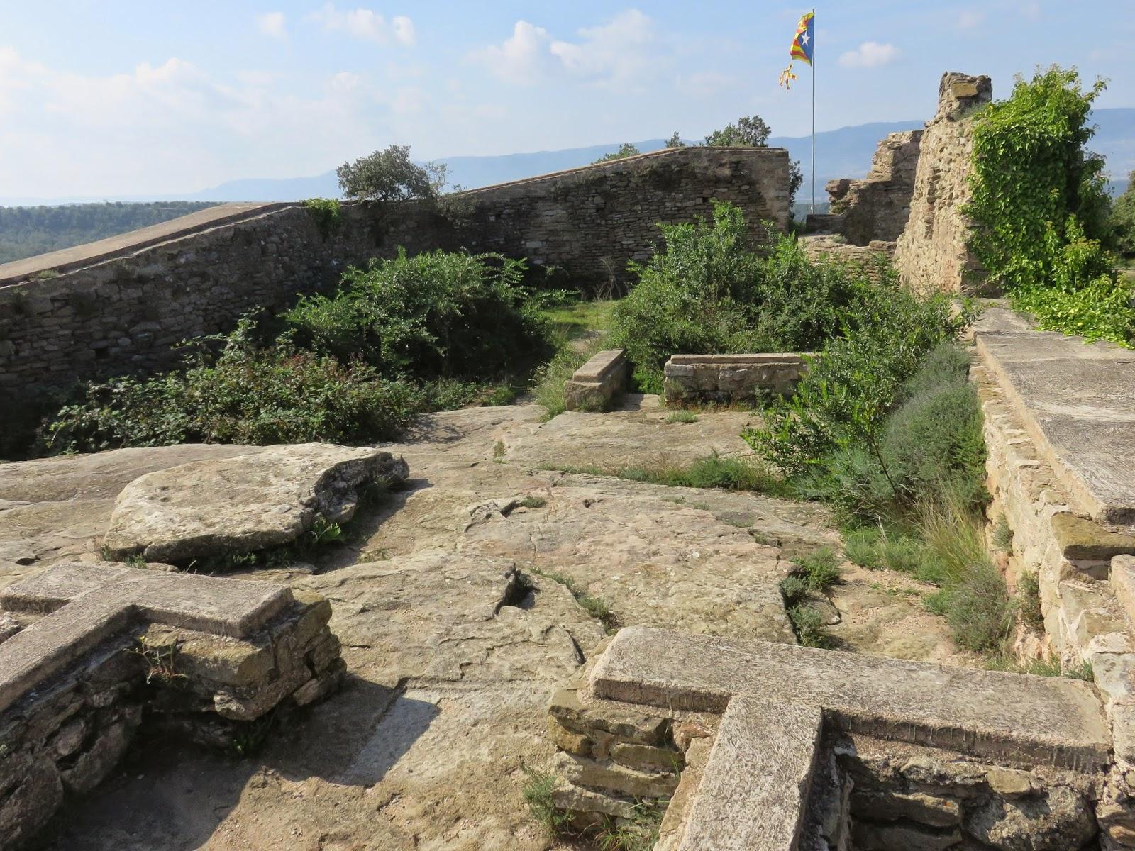 castell de taradell, sender de taradell