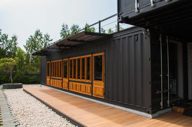 Container Restaurant Design