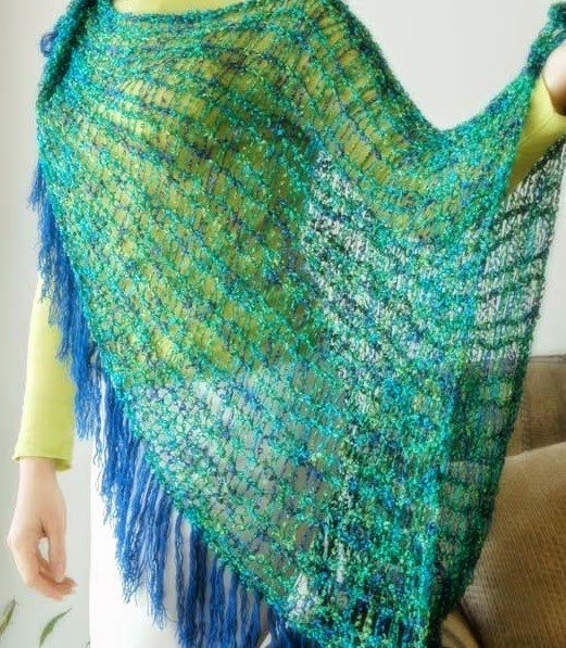 The Knifty Knitter: Large Shawl