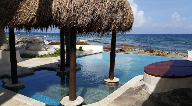 An Infinity Pool beside the beautiful beach