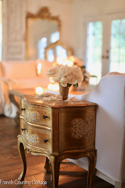 Details- all about this little vintage chest of drawers and where to find one