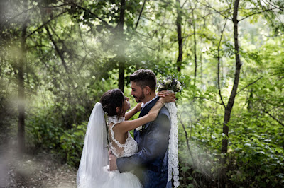 foto ilaria marchione sposi bosco